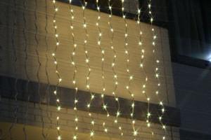 LEDウォーターフォールカーテン イエローゴールド